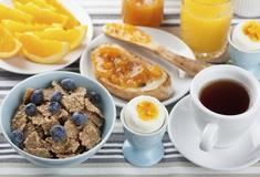 Desayuno buffet hostal san lorenzo madrid